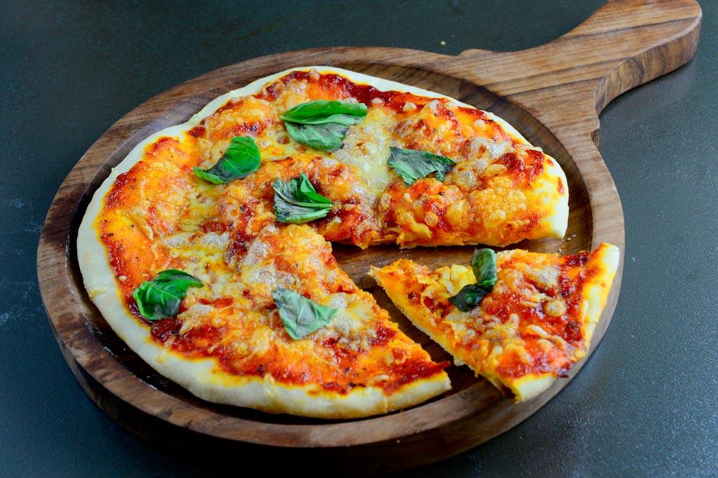 Итальянская Пицца Маргарита (4)