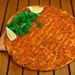 Лахмаджун (Армянская Пицца) — рецепт с фото