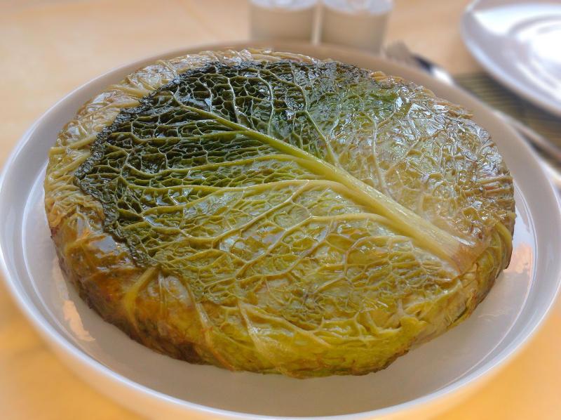 Пирог с мясом и капустой по-мальтийски
