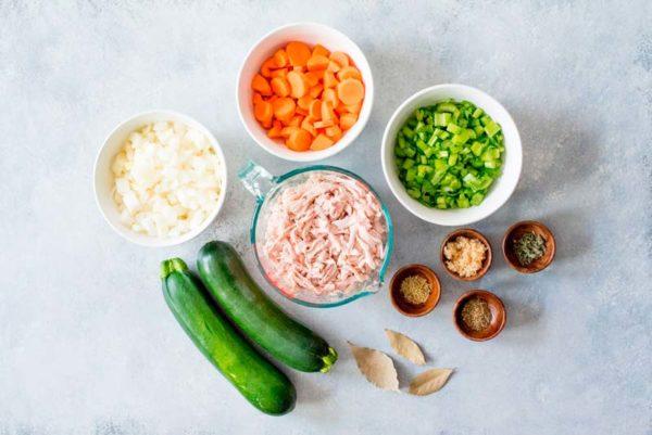 Домашний суп с куркумой и цукини (2)