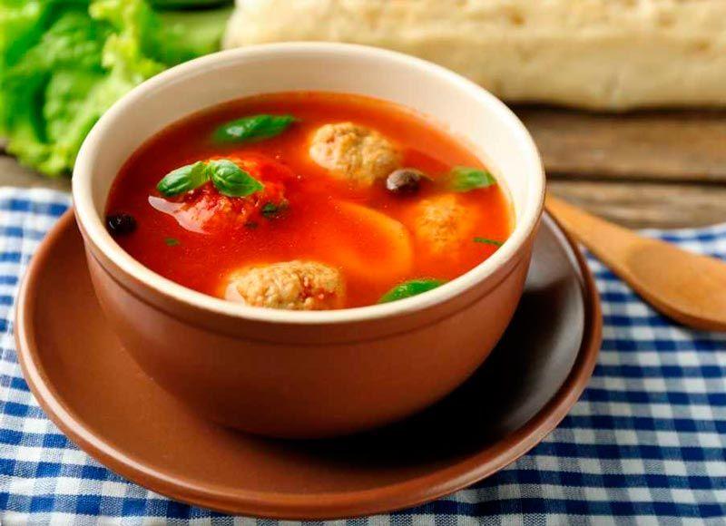 Суп с нафаршированными помидорами